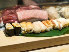 อร่อยสุดคุ้ม กับ 5 ร้าน ซูชิบุฟเฟ่ต์ ที่โตเกียว