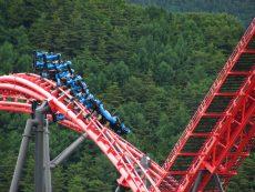 เสียวถึงขั้วหัวใจไปกับสวนสนุก Fuji Q Highland