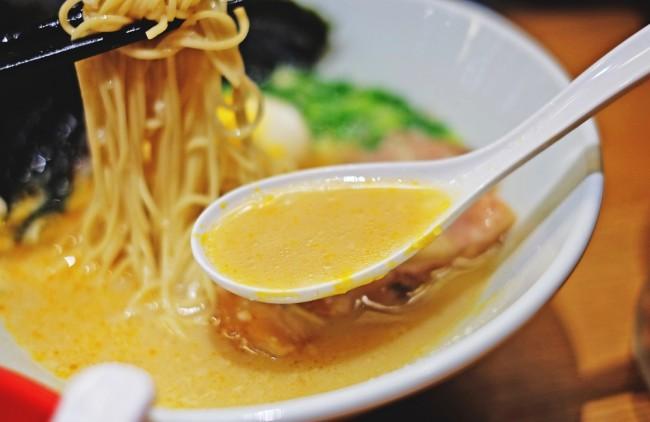 hakata ramen soup