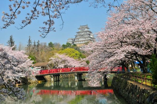 68 himeji castle