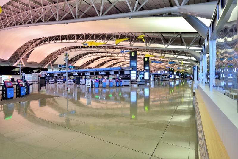นอนสนามบิน คันไซ