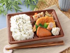 อร่อยจัดเต็ม 10 เมนูเบนโตะราคาเบาๆ จาก ร้านสะดวกซื้อญี่ปุ่น