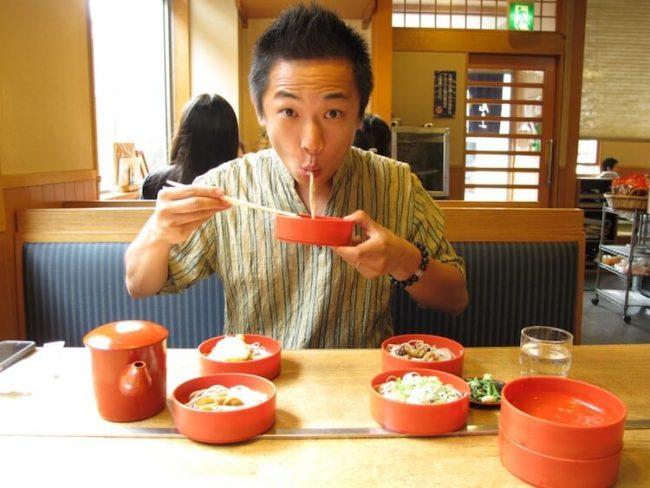 slurping-noodles-japan