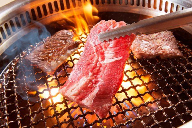 อิ่มไม่อั้นที่ 3 ร้านเนื้อย่างโตเกียว ใกล้แหล่งเที่ยว เริ่มต้นเพียง 1,500 เยน