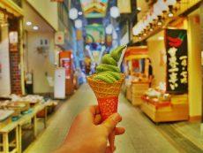 10 ความอร่อย สไตล์สตรีทเกียวโตที่ Nishiki market