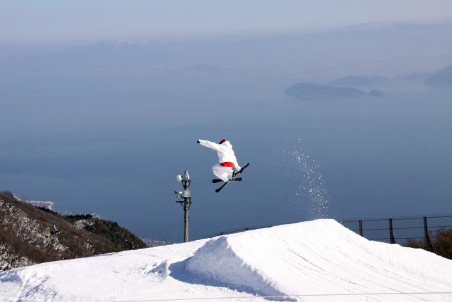 จุดไฟให้ร่างกายกับหน้าหนาวกับกิจกรรมสุดมันส์ที่ Biwako valley พร้อมชมวิวทะเลสาบบิวะ