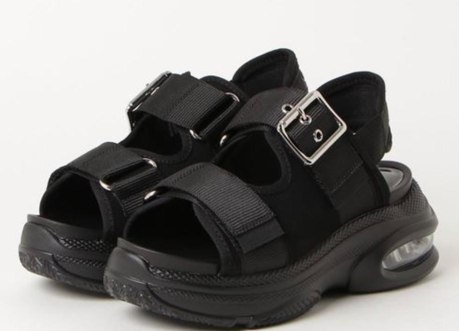 รองเท้า ญี่ปุ่น 2020
