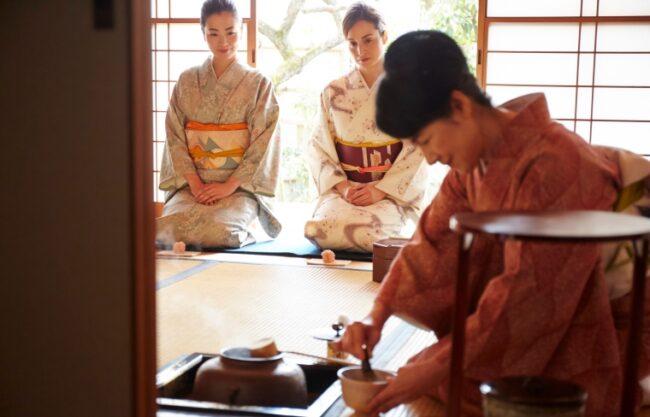 พิธีชงชา (Tea ceremony)