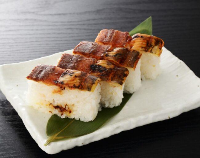 โอชิซูชิ (Oshi sushi)