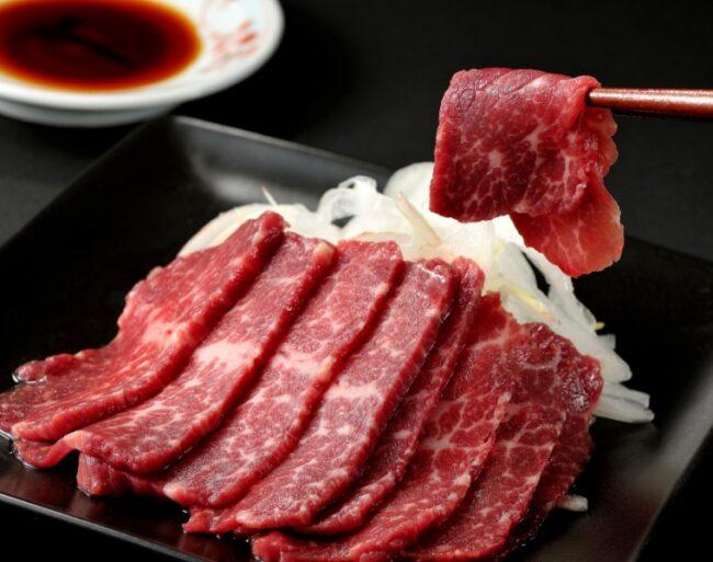 เนื้อม้า (Baniku)