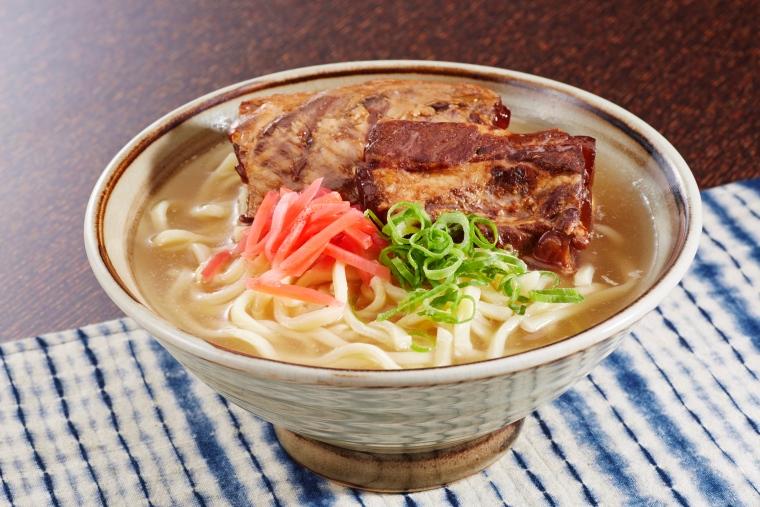 แหล่งหาของกิน อาหารขึ้นชื่อ ใน ภูมิภาคโอกินาว่า